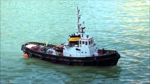 bateaux télécommandé