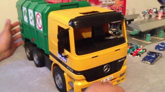 camion poubelle bruder