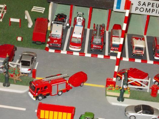 caserne de pompier miniature