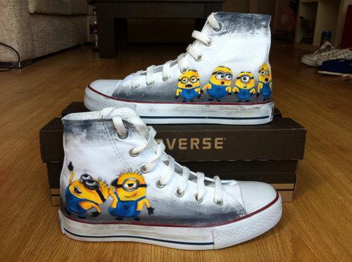 chaussure minion