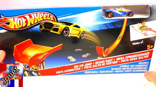 circuit voiture hot wheels