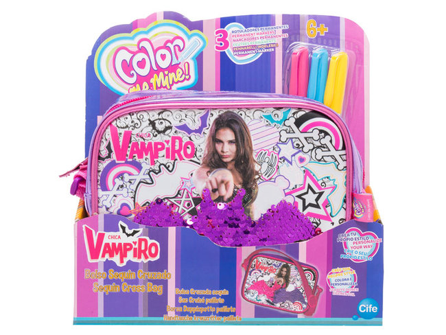 color me mine chica vampiro
