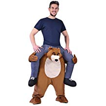 deguisement ours qui porte