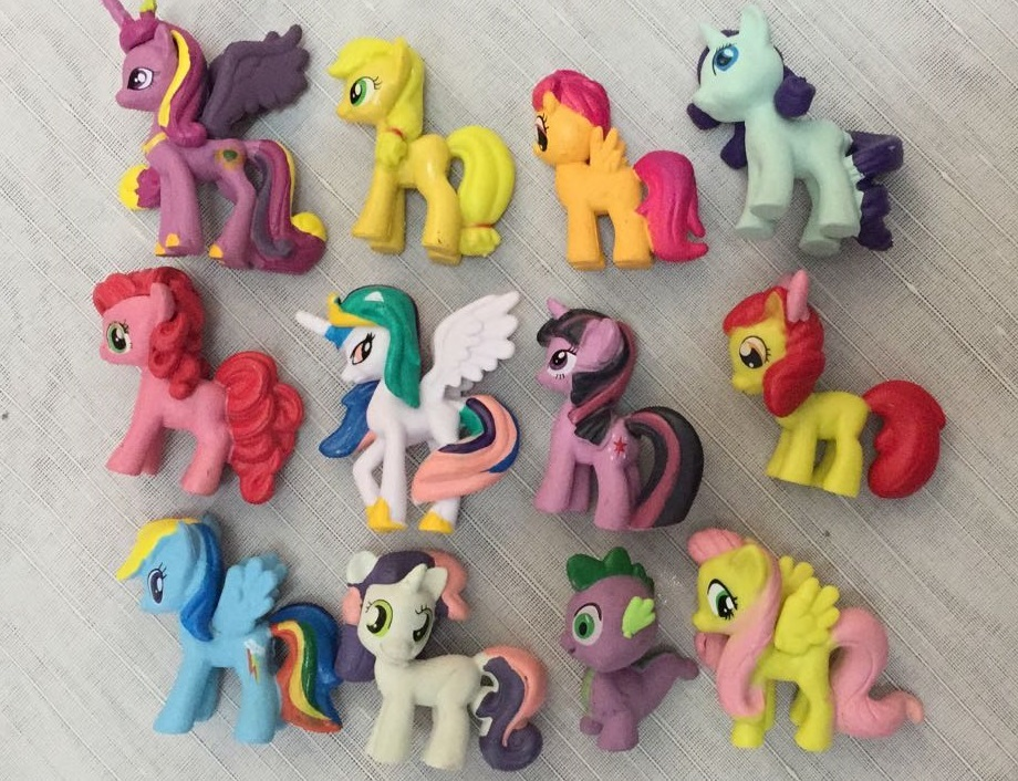figurine little pony
