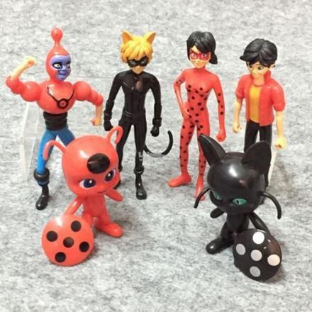 figurine miraculous ladybug