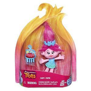 figurine trolls poppy