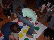 jeux avec tapis rond couleur