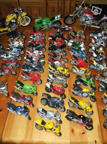 moto miniature collection
