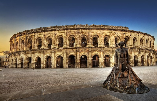 nimes images