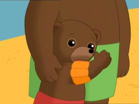 petit ours brun mer
