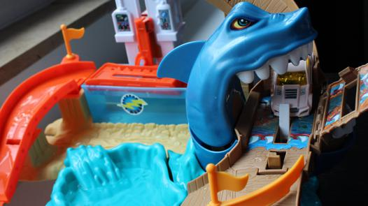 piste requin hot wheels