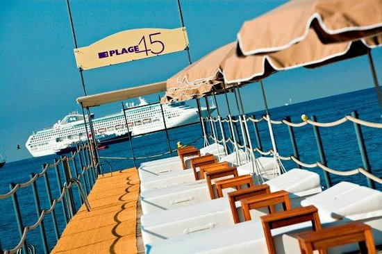 plage 45 cannes