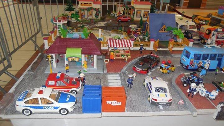 playmobil ville