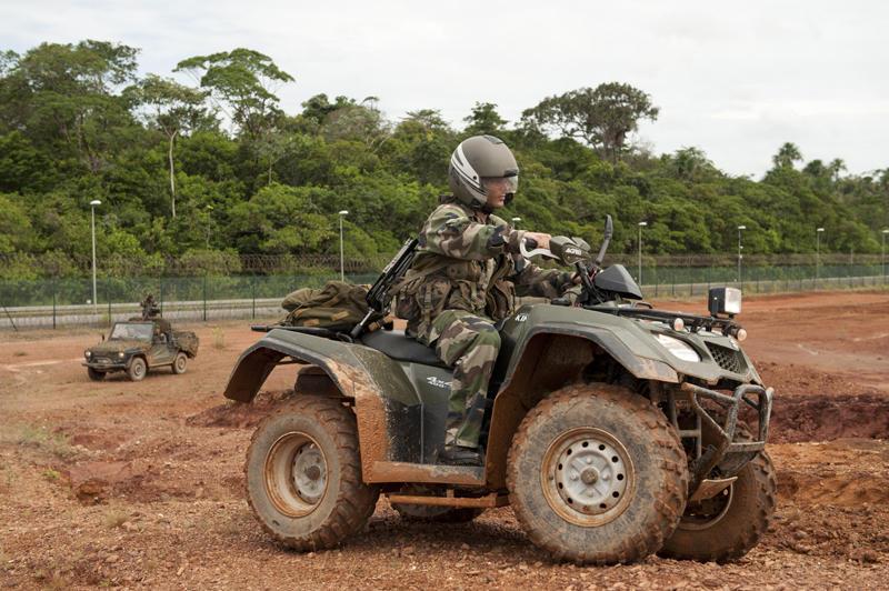 quad militaire