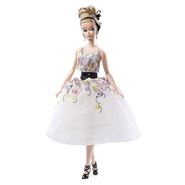 robe poupee barbie