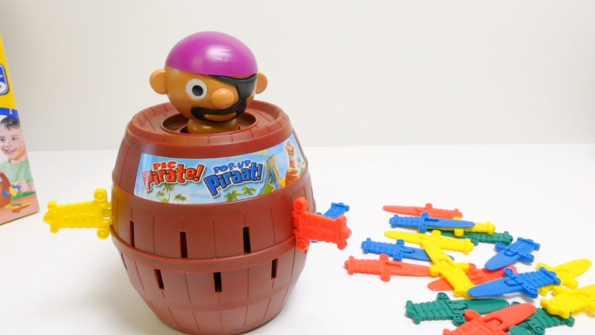 tomy pic pirate