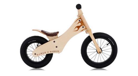 vélo en bois pour bébé