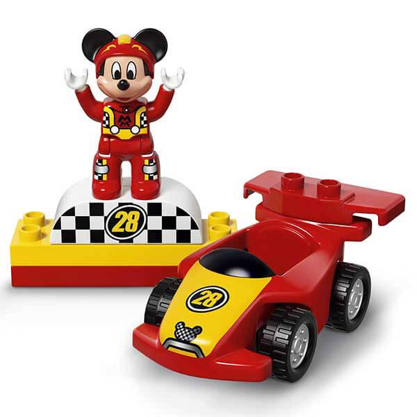 voiture de course mickey