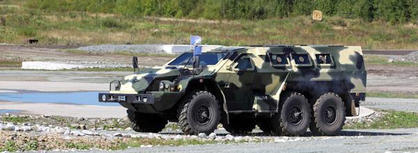 voiture de militaire