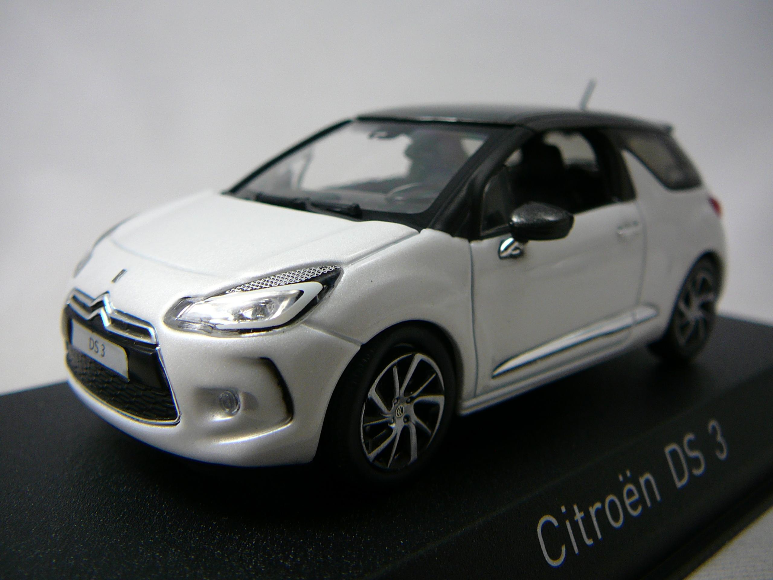 voiture miniature ds3