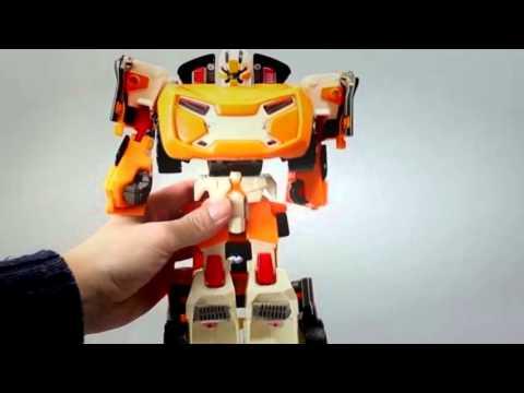 voiture robot dessin animé